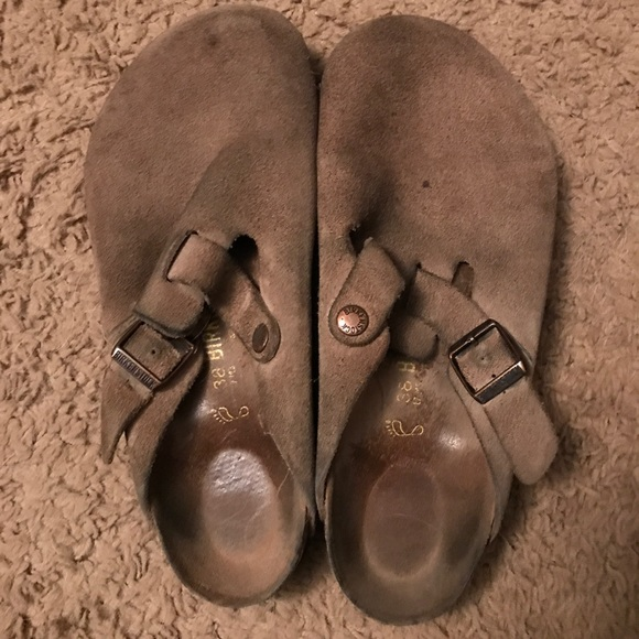 Birkenstock Shoes - Tan Birkenstock Slides